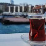 "Thé turc ""çay"""